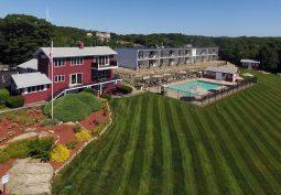 Vista Front Lawn View
